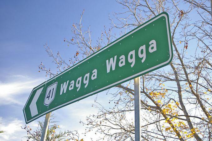 Photo of Highway sign to Wagga Wagga